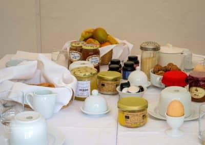 Petit déjeuner - Chambres d'hôtes La Bergerie - Pays d'Auge